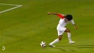 Смотреть онлайн Подборка: Самые необычные пенальти в футболе