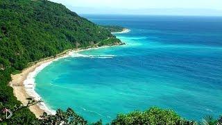 Смотреть онлайн Реальные кадры с берега океана со звуком без музыки HD