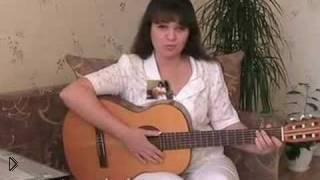 Смотреть онлайн 2 варианта игры на гитаре песни Выхода нет, Сплин