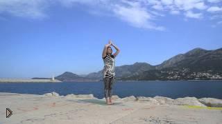 Смотреть онлайн Утренняя йога для хорошего настроения и самочувствия