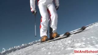 Смотреть онлайн Горные лыжи: укол палкой при поворотах