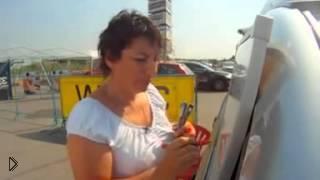 Смотреть онлайн Как правильно поворачивать на машине