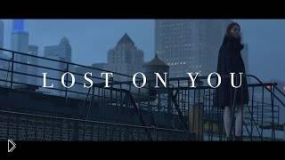 Смотреть онлайн Клип: LP - Lost On You