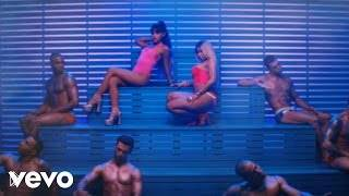 Смотреть онлайн Клип: Ariana Grande ft. Nicki Minaj - Side To Side