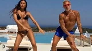 Смотреть онлайн Подборка: Танцующий мужик на яхте Джанлука Вакки