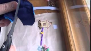 Смотреть онлайн Как сделать развивающую игрушку для маленького ребенка