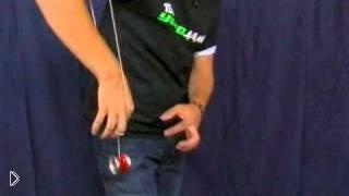 Смотреть онлайн Трюки с йо-йо, учимся делать