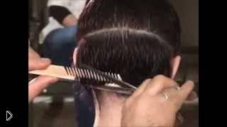 Смотреть онлайн Стрижка с челкой на короткие волосы