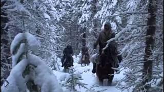 Смотреть онлайн Как происходит охота на медведя зимой