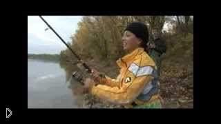 Смотреть онлайн Рыбалка на реке Дон осенью