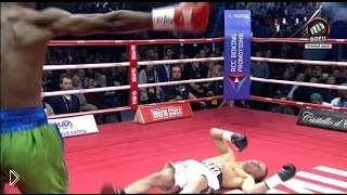 Смотреть онлайн Жесткий нокаут от Джулиуса Идонго в первом раунде