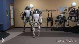 Смотреть онлайн Прикольная озвучка про жизнь робота с матом