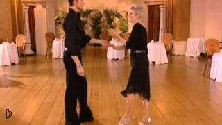 Смотреть онлайн Урок Ча-Ча-Ча танца для взрослых