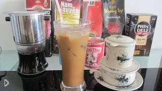 Смотреть онлайн Как приготовить кофе со льдом и молоком