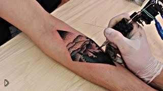 Смотреть онлайн Процесс нанесения тату в стиле дотворк на руку