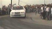 Смотреть онлайн Зрители мешаются гонщику ралли