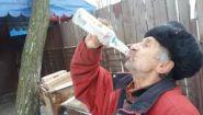 Смотреть онлайн Что будет, если выпить 3 бутылки водки