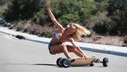 Смотреть онлайн Подборка: ДТП с участием автомобилей и скейтеров