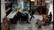 Смотреть онлайн Драка посетителей бара в Тольятти