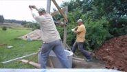 Смотреть онлайн Как делают и копают колодцы в России