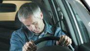 Смотреть онлайн Подборка аварий: Люди засыпают за рулем